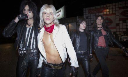 Mötley Crüe en la «fiesta» para ver la biopic 'The Dirt'