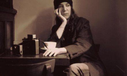 Patti Smith hará presentación y lectura de libro virtuales