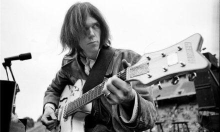 Neil Young vende 50% de su catálogo a Hipgnosis
