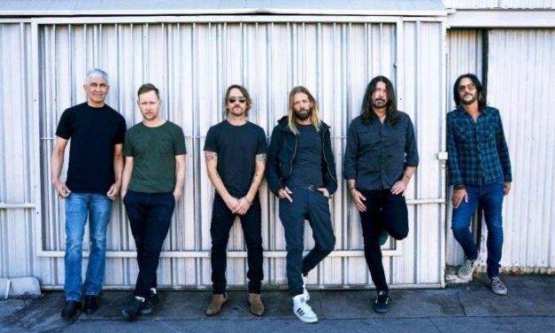Foo Fighters lanza sencillo en cumpleaños de Dave Grohl