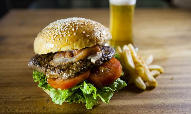 No dejes para mañana la hamburguesa que te puedes comer hoy: Celebra el día de la hamburguesa con las mejores de CDMX.