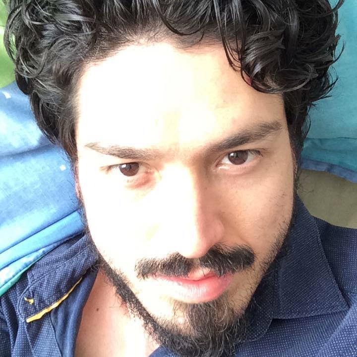 Oliver Pontones Roldán